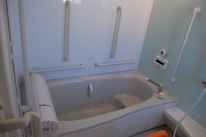 ハートフルホーム西奈のお風呂