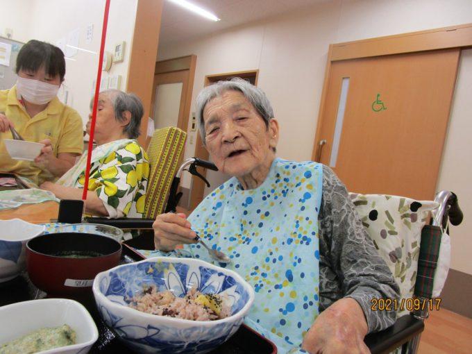 静岡市葵区グループホーム_初秋お楽しみ食